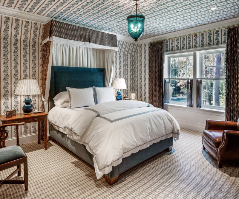 Guest Bedroom by Alan Blakely Architectural Photography