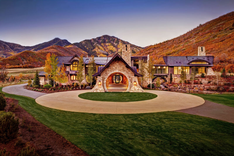 Mountain Estate Home - Provo, Utah. Architectural Photography by Alan Blakely.